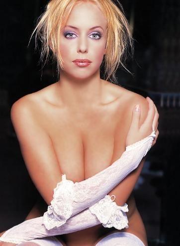 Катержина Матлова голая. Фото - 12