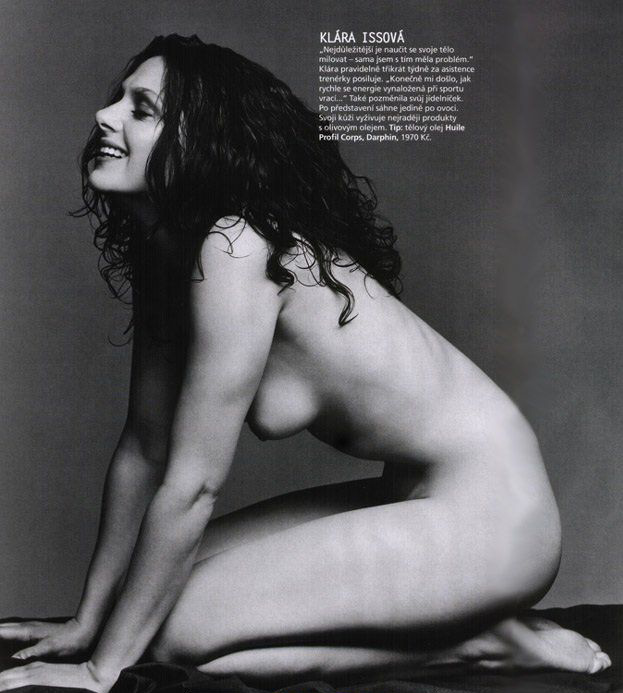Клара Иссова голая. Фото - 1