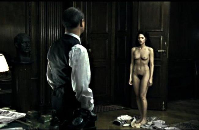 Клара Иссова голая. Фото - 4