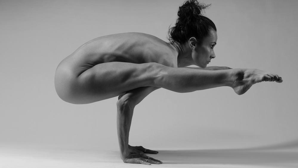 Леона Квасницова голая. Фото - 1