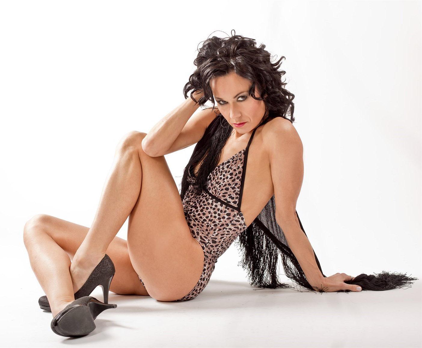 Леона Квасницова голая. Фото - 2