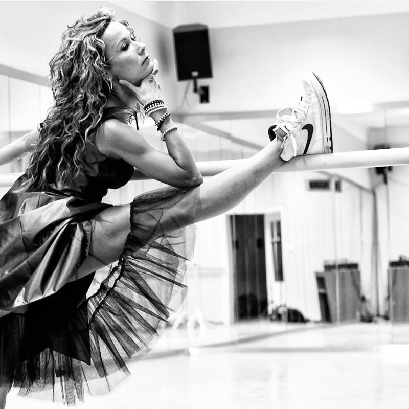 Леона Квасницова голая. Фото - 8