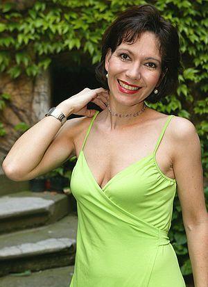 Михаэла Долинова голая. Фото - 1