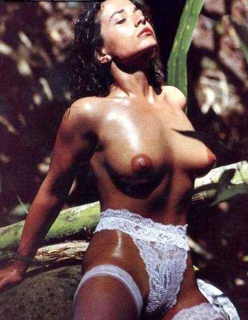 Михаэла Куклова голая. Фото - 2