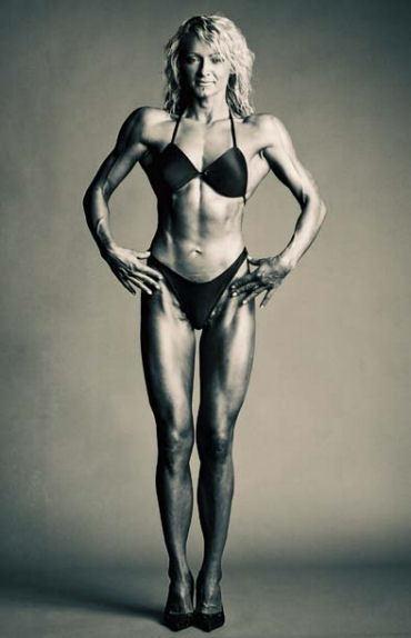 Рената Кайджас голая. Фото - 6