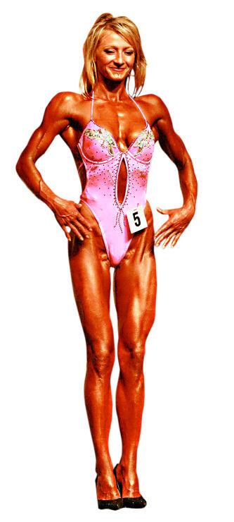 Рената Кайджас голая. Фото - 7