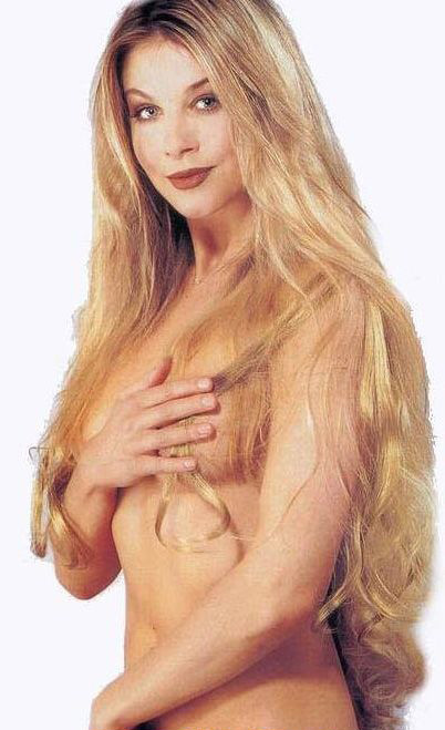 Сабина Лауринова голая. Фото - 1