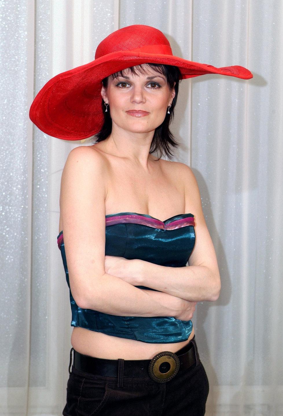 Симона Постлерова голая. Фото - 7