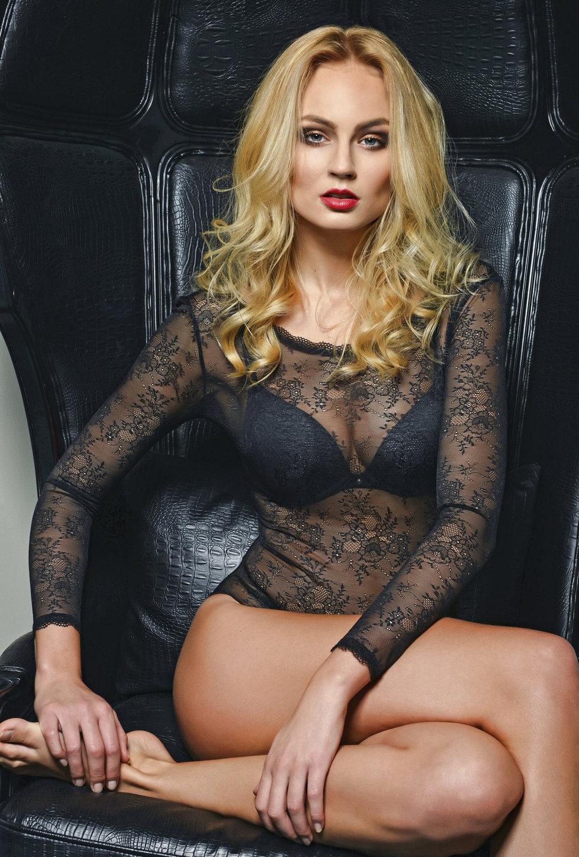 Тереза Файксова голая. Фото - 11
