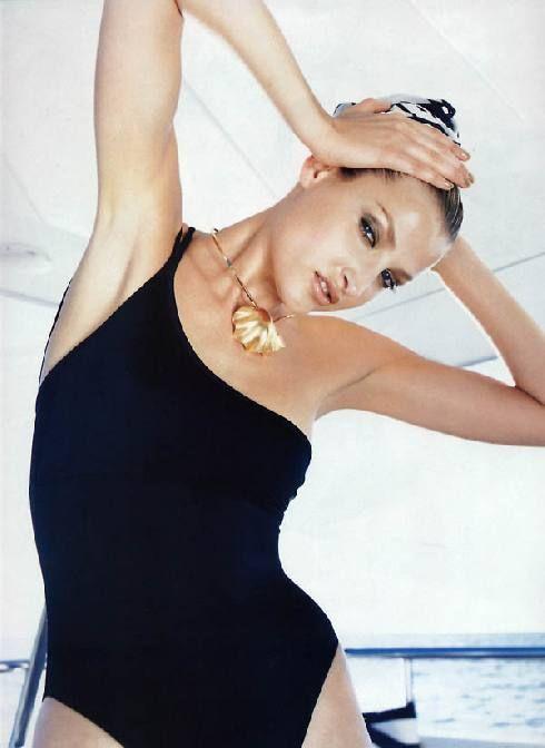 Тереза Максова голая. Фото - 2