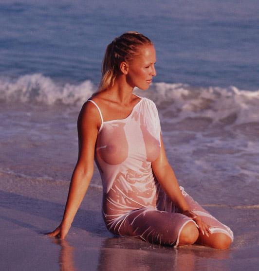 Зузана Белохорцова голая. Фото - 1