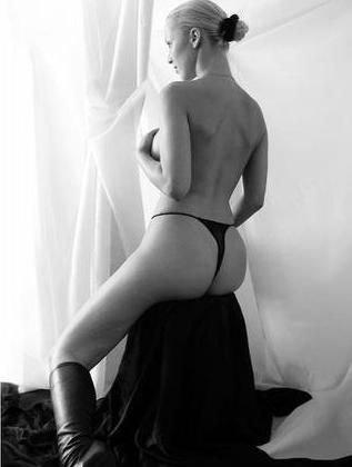 Зузана Белохорцова голая. Фото - 13