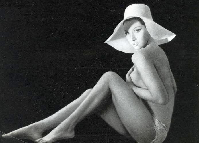 Хельга Лине голая. Фото - 26