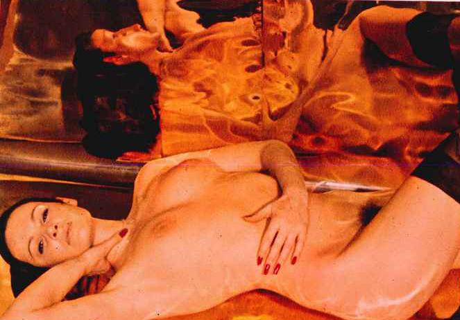 Ева Чемерис голая. Фото - 12