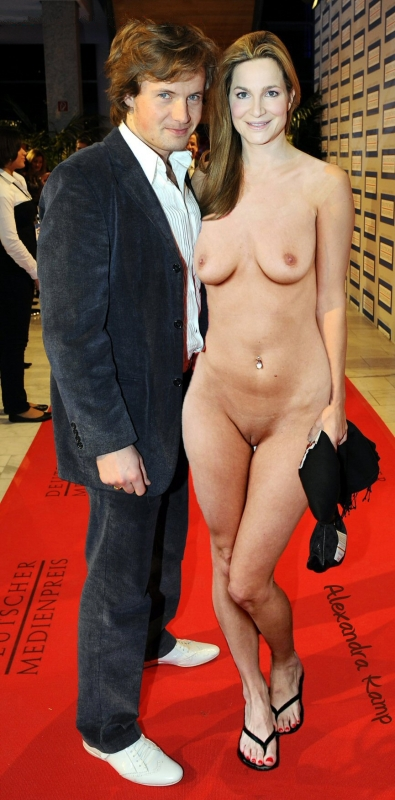 Александра Кэмп-Гроеневельд голая. Фото - 24