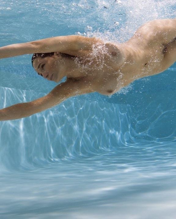 Александра Кэмп-Гроеневельд голая. Фото - 9