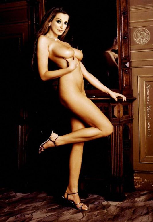 Александра Мария Лара голая. Фото - 23