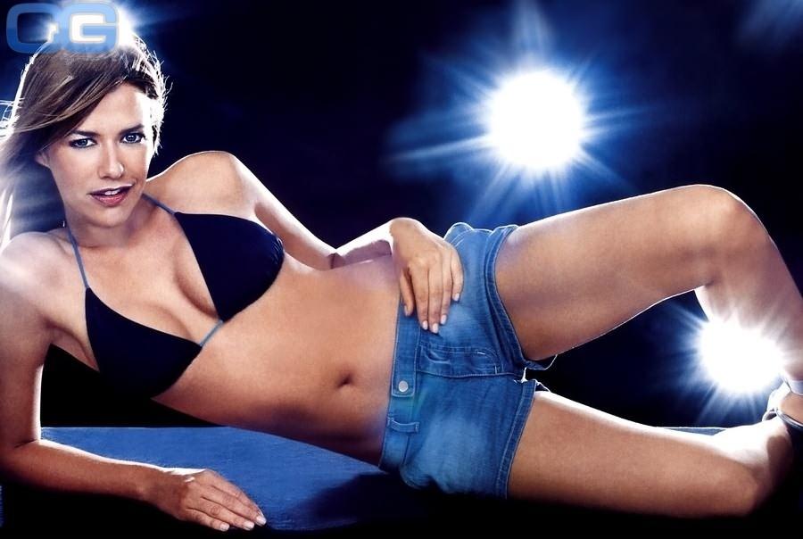Александра Нелдель голая. Фото - 9
