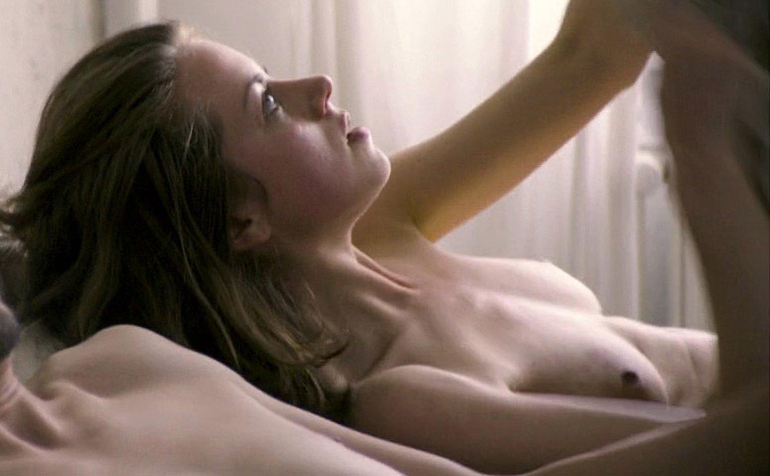 Алиса Двиер голая. Фото - 11