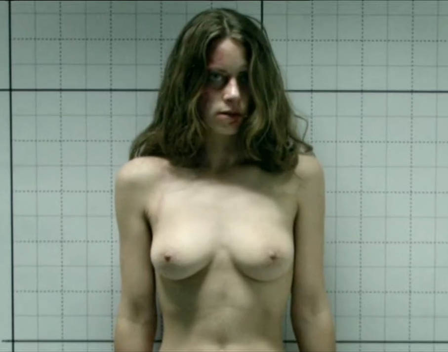 Алиса Двиер голая. Фото - 6