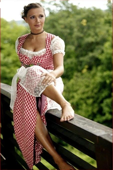 Алида Куррас голая. Фото - 3