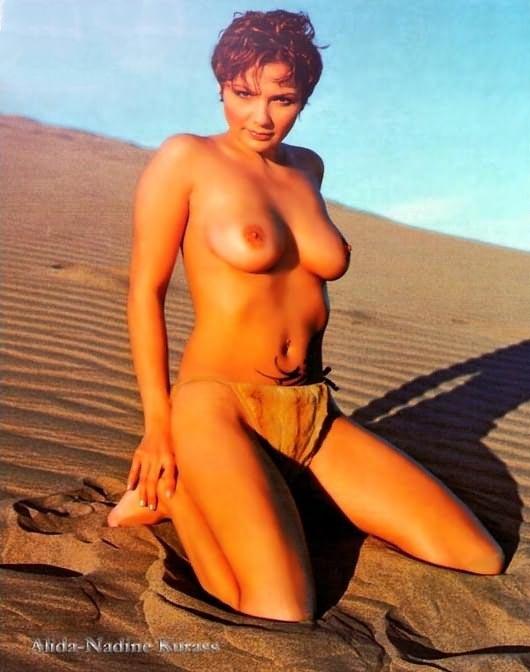 Алида Куррас голая. Фото - 7