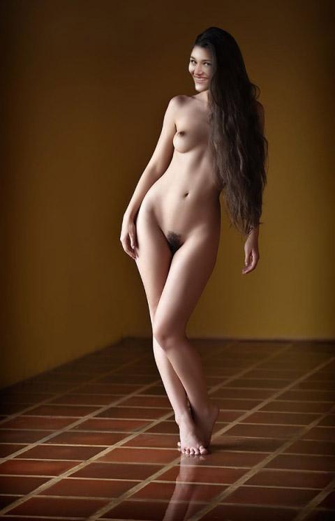 Алиса Юнг голая. Фото - 6