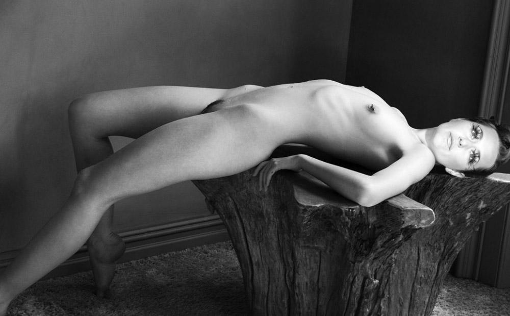 Алиса Юнг голая. Фото - 7