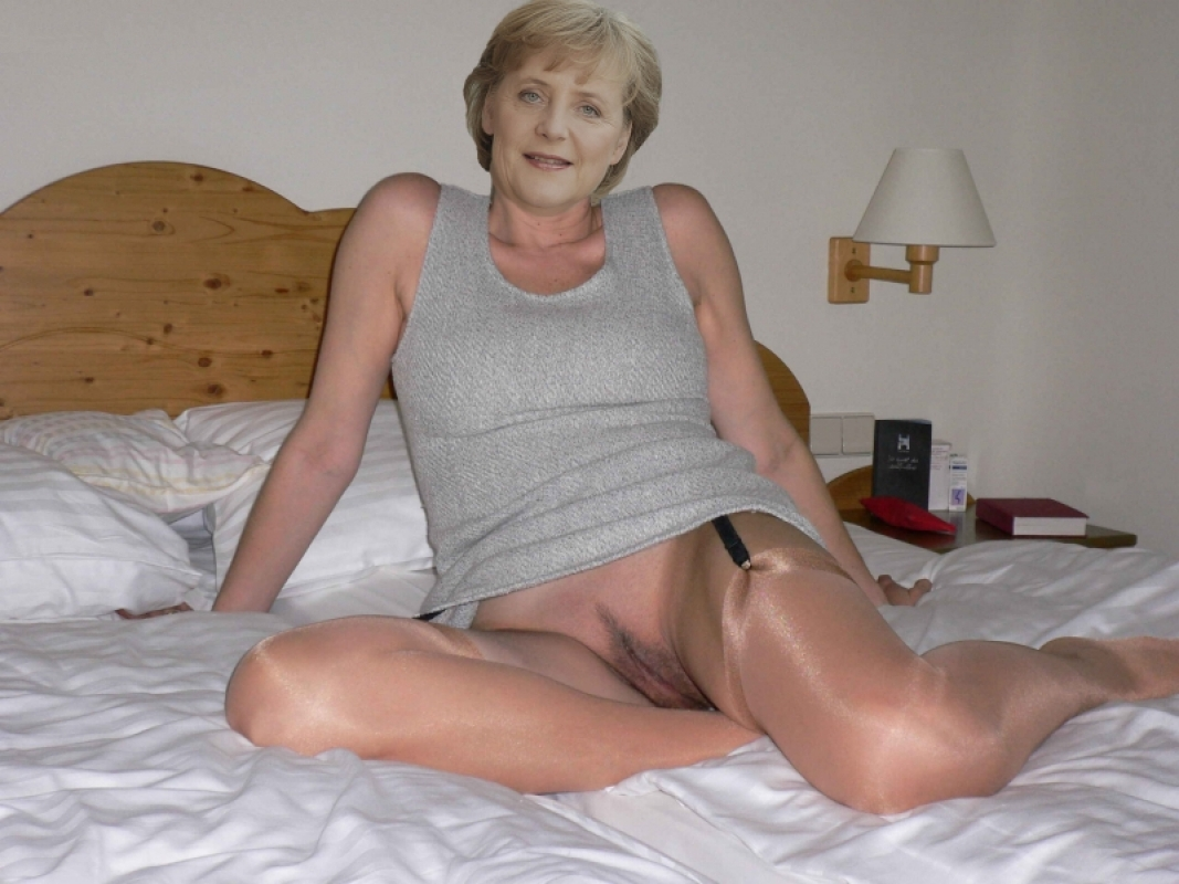 Ангела Меркель голая. Фото - 106
