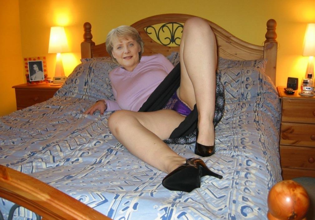 Ангела Меркель голая. Фото - 109