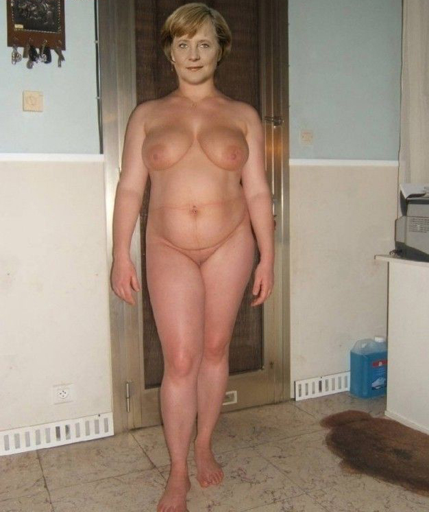 Ангела Меркель голая. Фото - 11