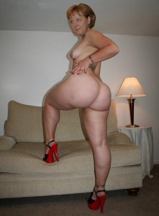 Ангела Меркель голая. Фото - 12