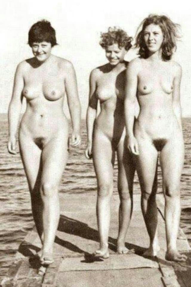 Ангела Меркель голая. Фото - 26