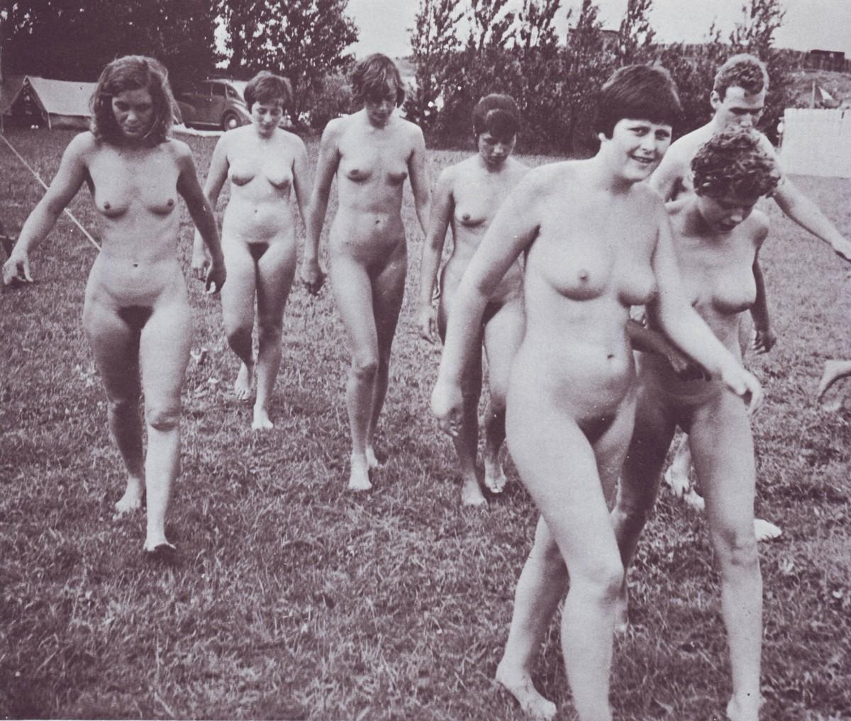 Ангела Меркель голая. Фото - 27