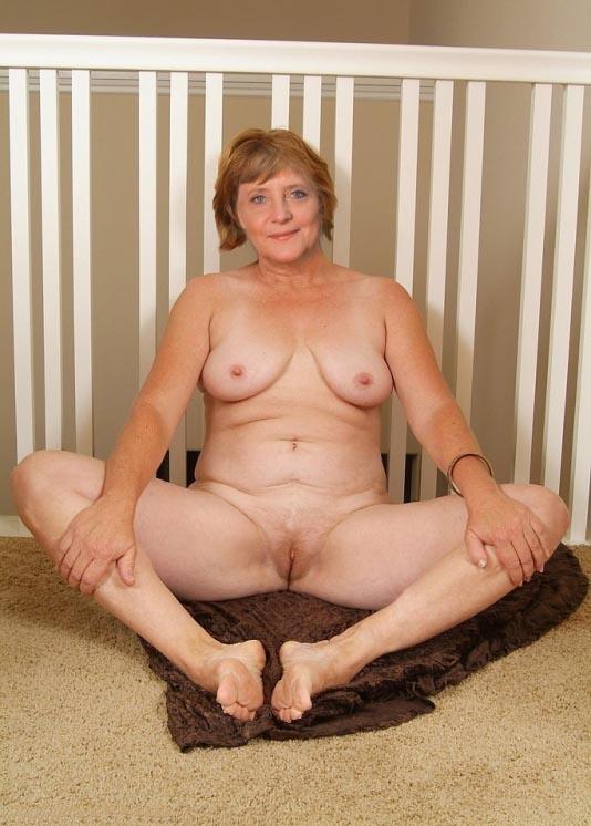 Ангела Меркель голая. Фото - 38