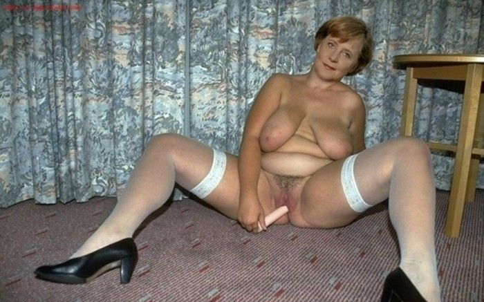 Ангела Меркель голая. Фото - 4