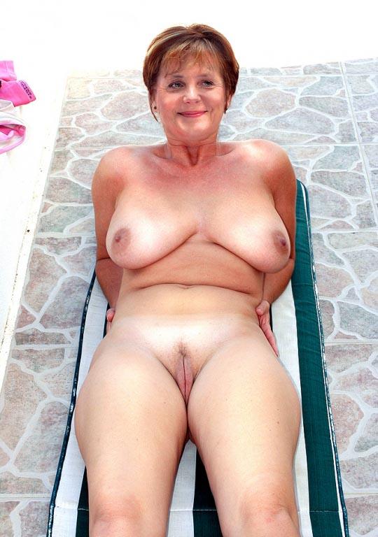 Ангела Меркель голая. Фото - 41