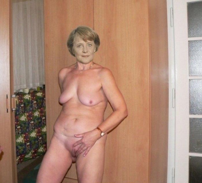 Ангела Меркель голая. Фото - 7