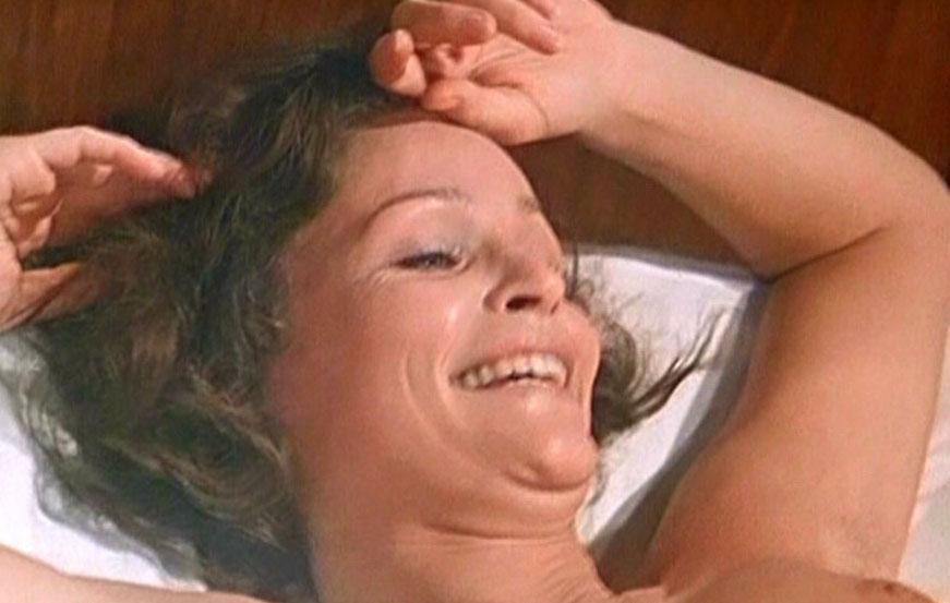 Ангелика Домрёзе голая. Фото - 6