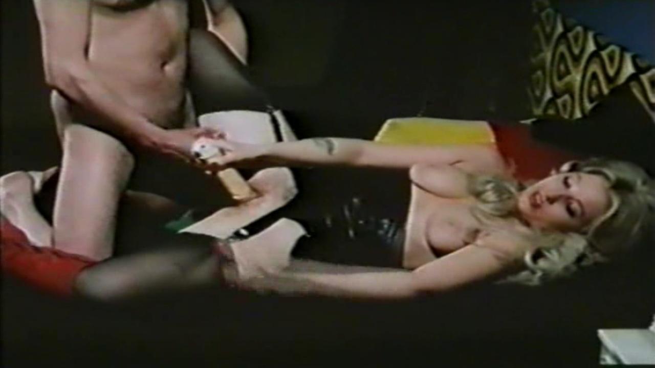 Анжелика Хефнер голая. Фото - 4