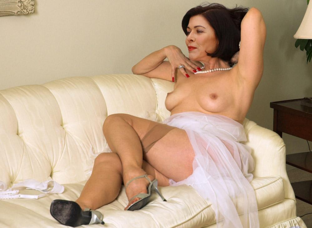 Аня Крузе голая. Фото - 5