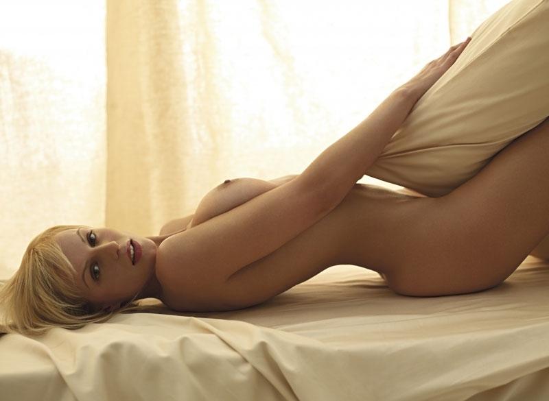 Аня Неджарри голая. Фото - 16
