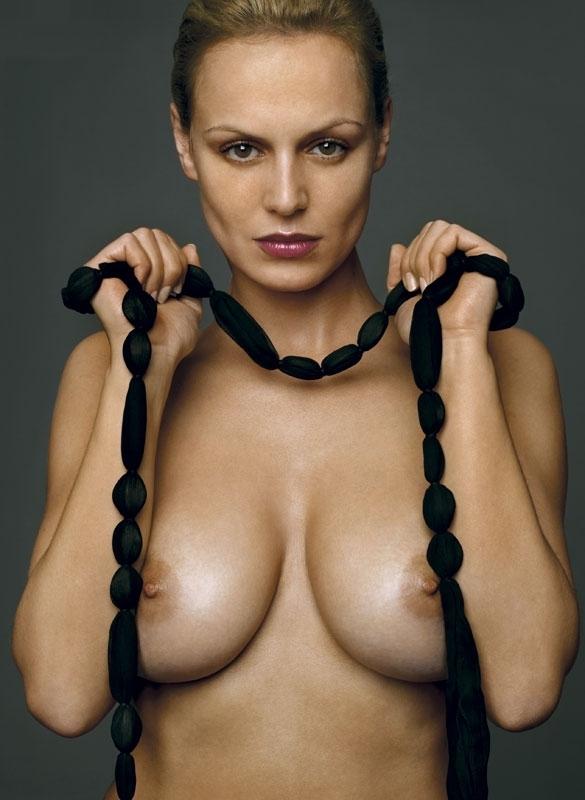Аня Неджарри голая. Фото - 25