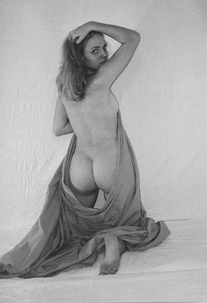 Анн Менден голая. Фото - 11