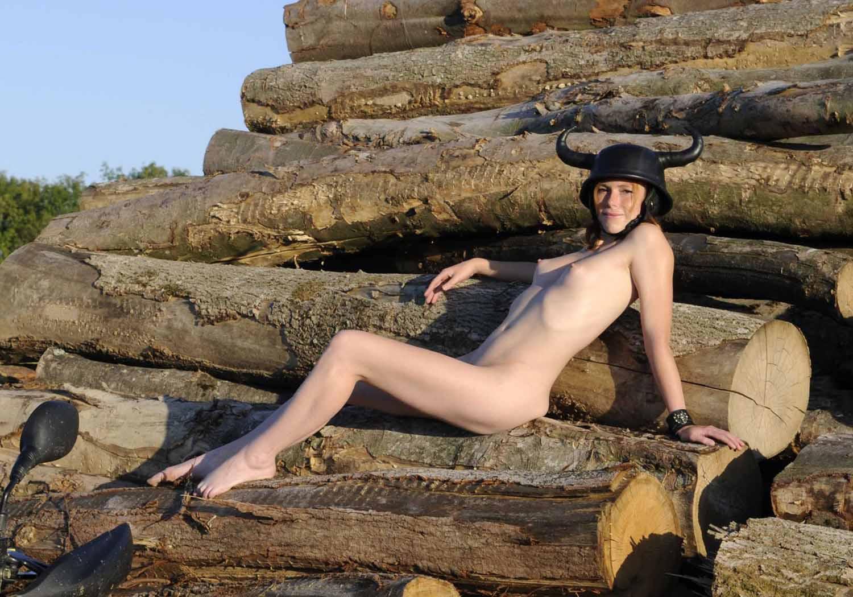 Антье Моннинг голая. Фото - 28