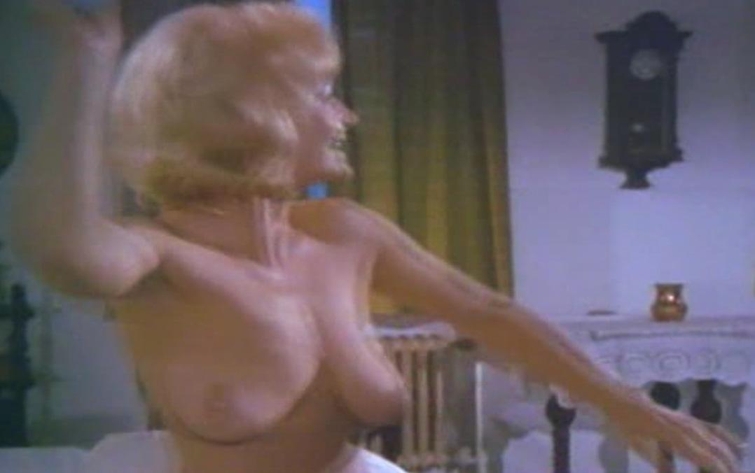 Астрид Бонер голая. Фото - 3