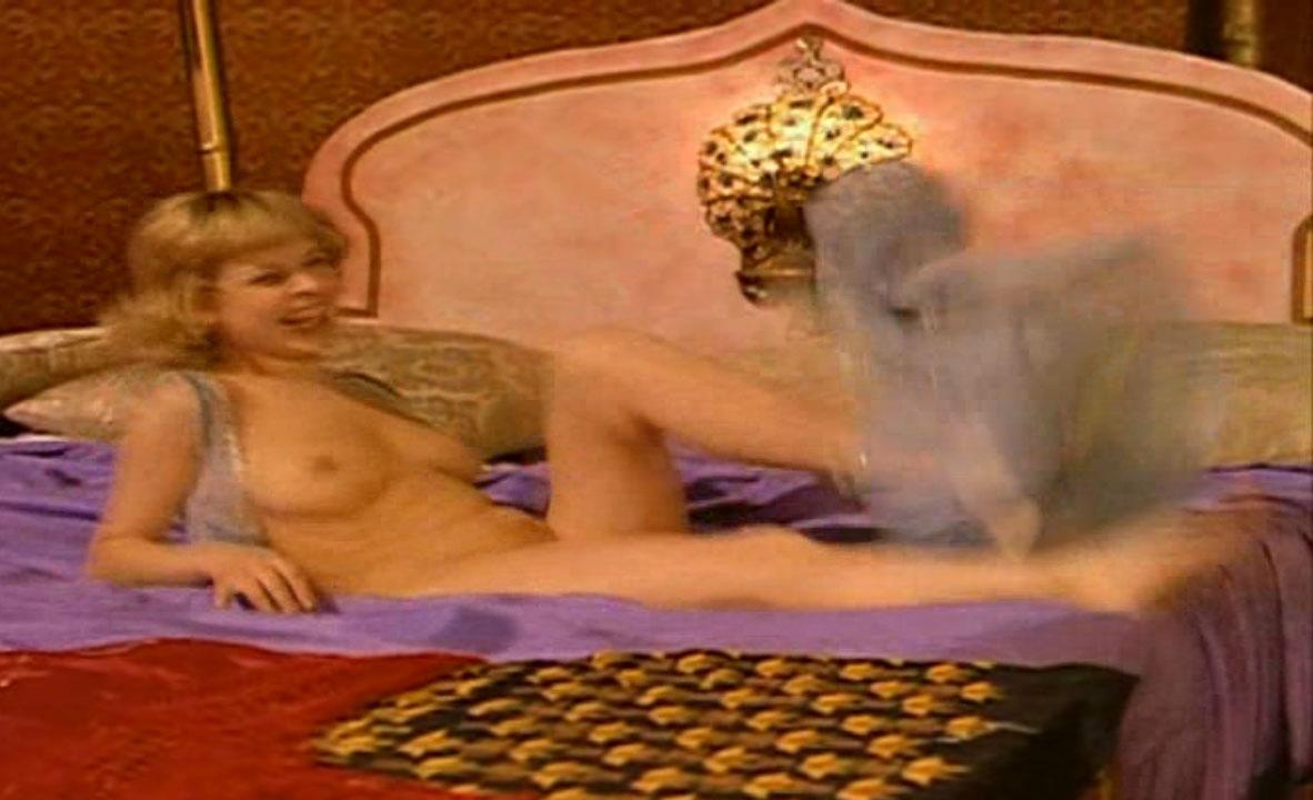 Астрид Франк голая. Фото - 41