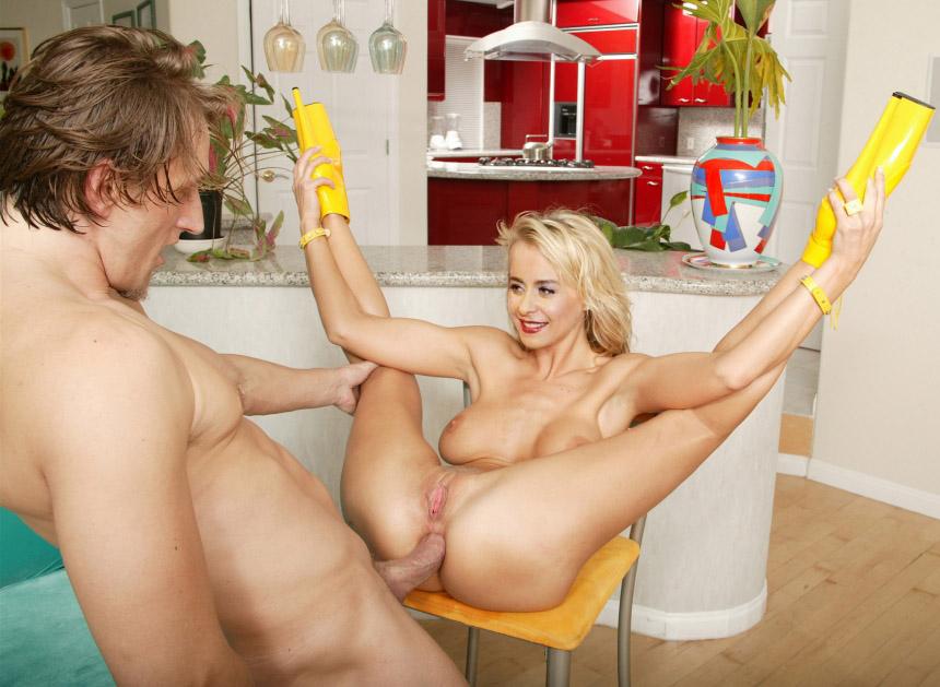 Беттина Крамер голая. Фото - 51