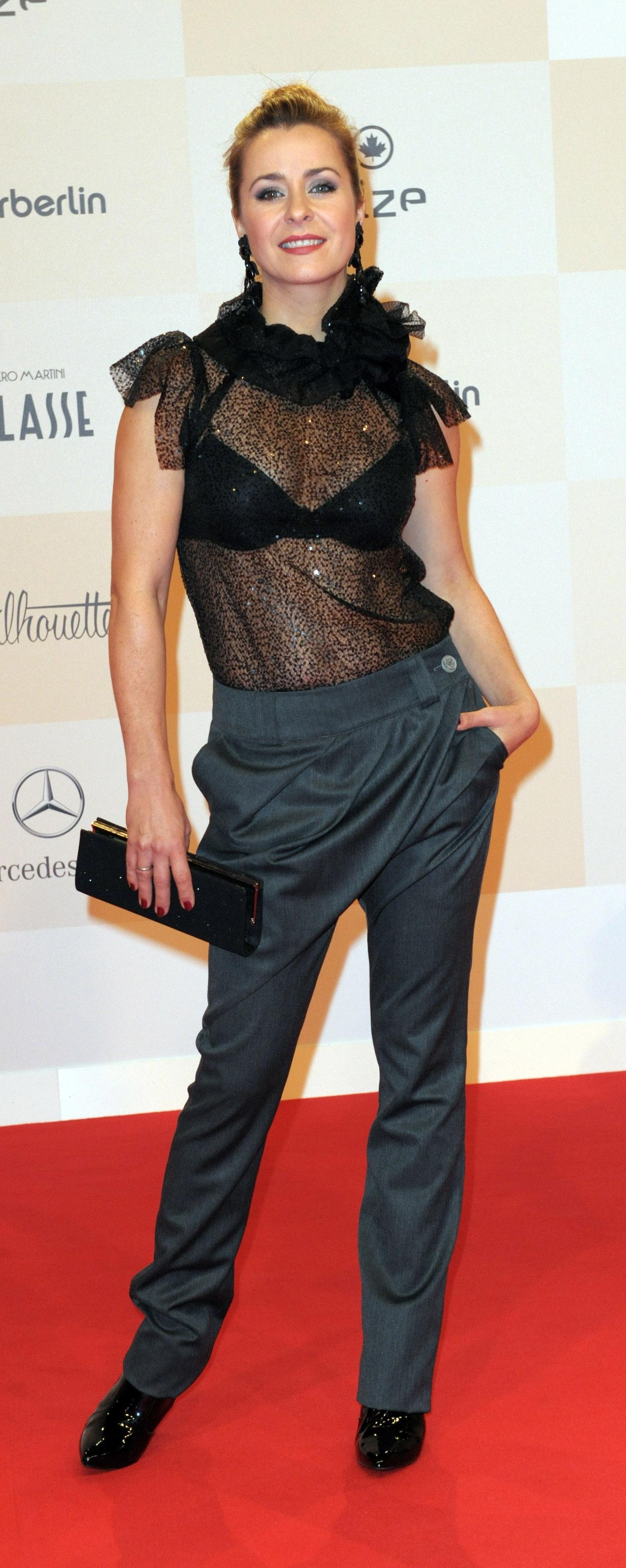 Беттина Крамер голая. Фото - 8