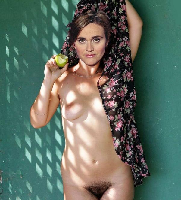 Карен Миосга голая. Фото - 3